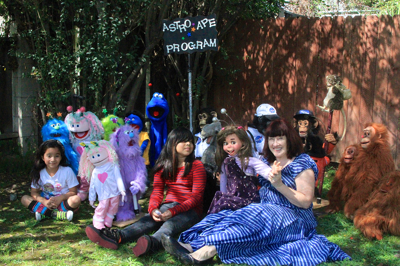 Out in Outer Space Puppets, songs by Penelpe Torribio